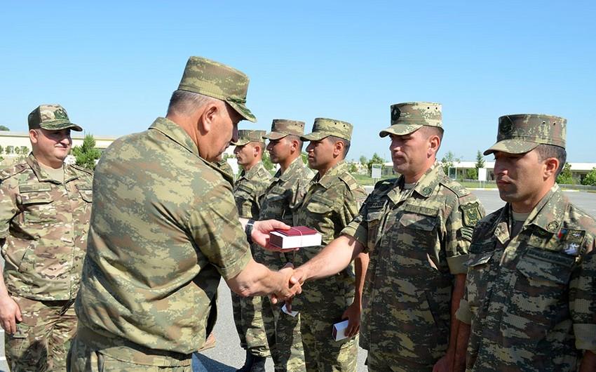 Hərbi qulluqçularımız Türkiyədəki komanda kursuna yola salınıb-