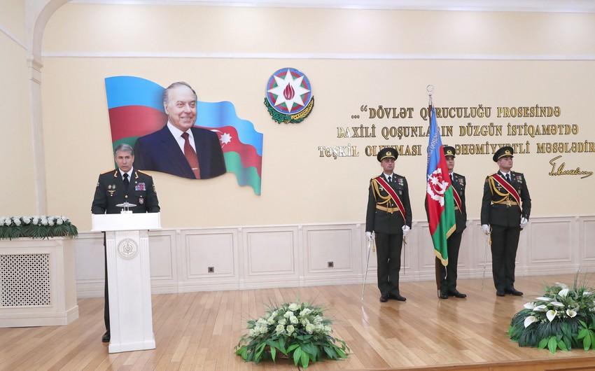 Vilayət Eyvazov Daxili Qoşunların hərbçilərinə mükafatlar təqdim etdi