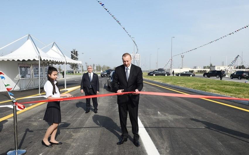 Prezident Bakı Olimpiya Stadionundan Heydər Əliyev prospektinə keçidin və yol qovşağının açılışında iştirak edib - YENİLƏNİB