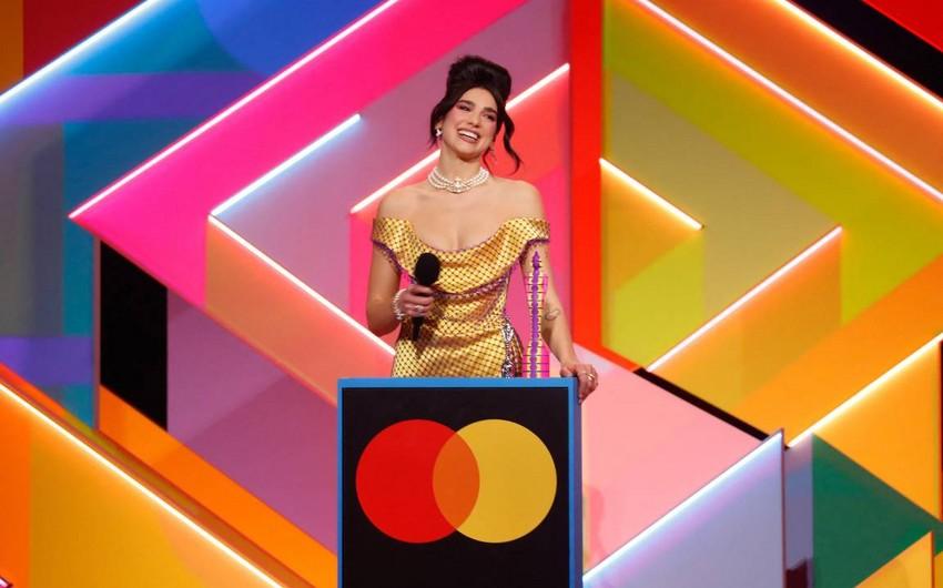 Певица Дуа Липа получила две премии Brit Awards