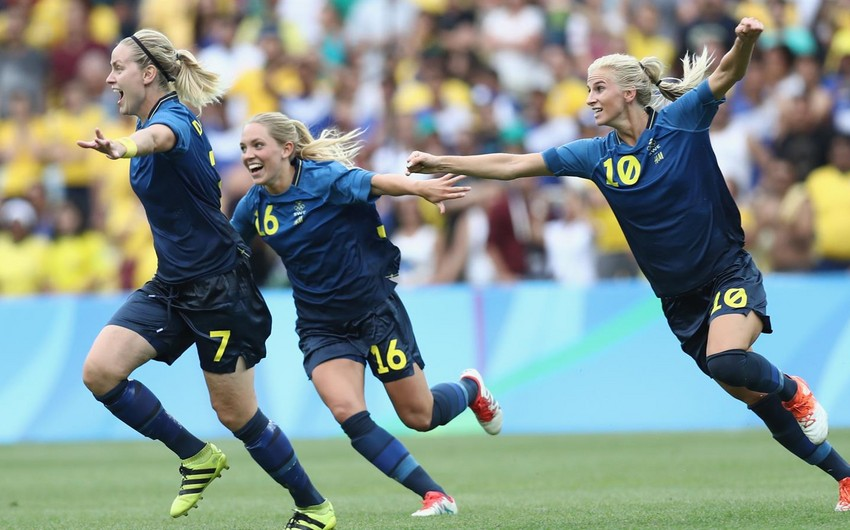 Rio-2016: Qadın futbolçuların mübarizəsində finalçılar müəyyənləşib
