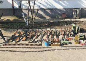 В Ходжавенде обнаружены брошенные противником боеприпасы