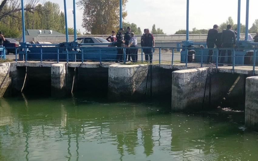 Bərdədə su kanalından meyit tapılıb - VİDEO - YENİLƏNİB-2