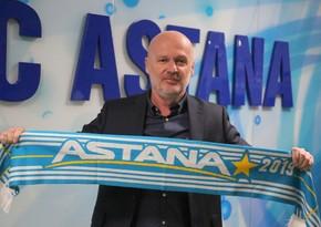 Astana baş məşqçisini istefaya göndərdi