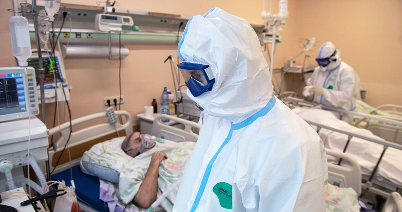 В России за сутки умерли 439 пациентов с COVID-19