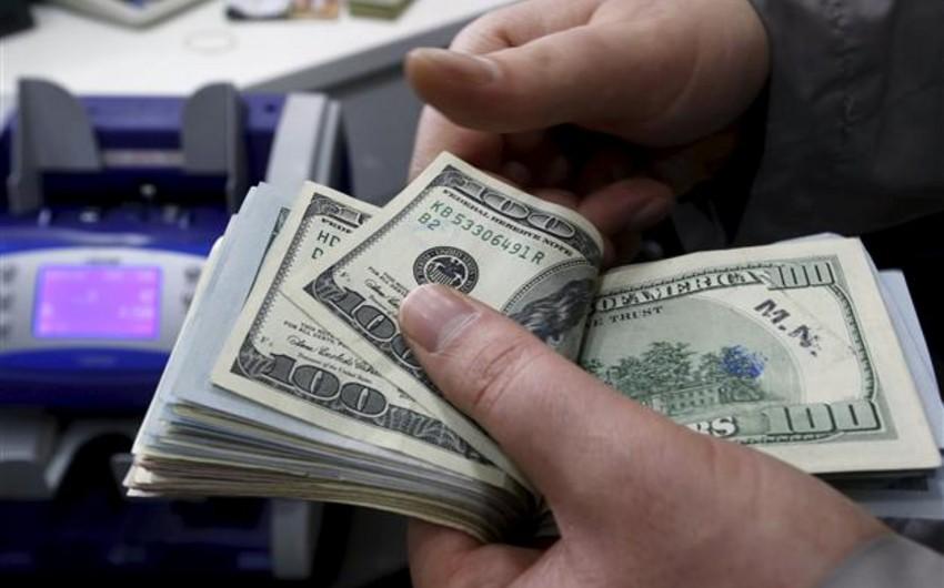 Report: Aprelin 4-nə dolların rəsmi məzənnəsi 1,50 AZN/USD-dən aşağı enə bilər
