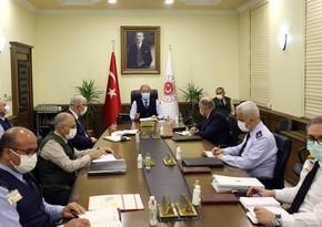 Хулуси Акар дал поручения служащему в Агдаме турецкому генералу