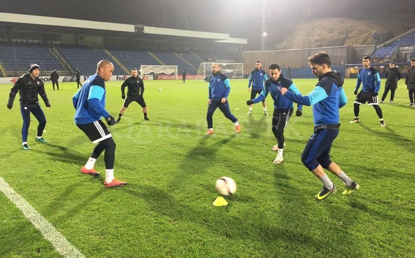 Qarabağ klubu Slovanla matçöncəsi son məşqinə çıxıb