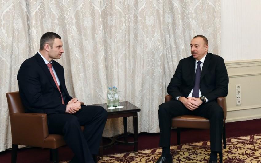 Prezident İlham Əliyev Münxendə Kiyevin meri ilə görüşüb - YENİLƏNİB