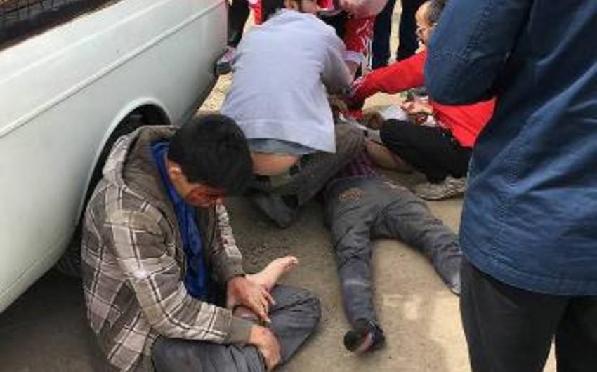 Türkiyənin güləş yığması İranda yol qəzasına düşüb