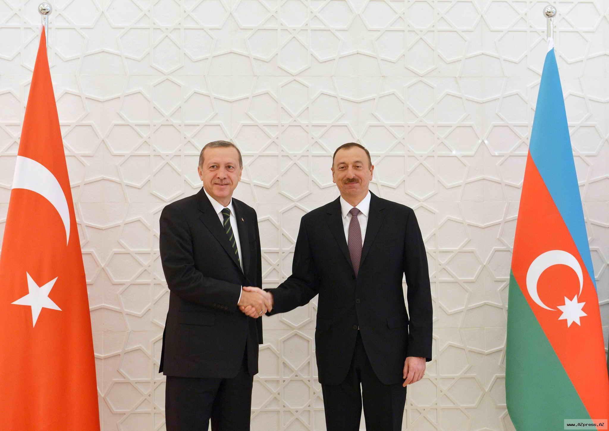 Prezident İlham Əliyev Türkiyənin dövlət və hökumət başçısını təbrik edib