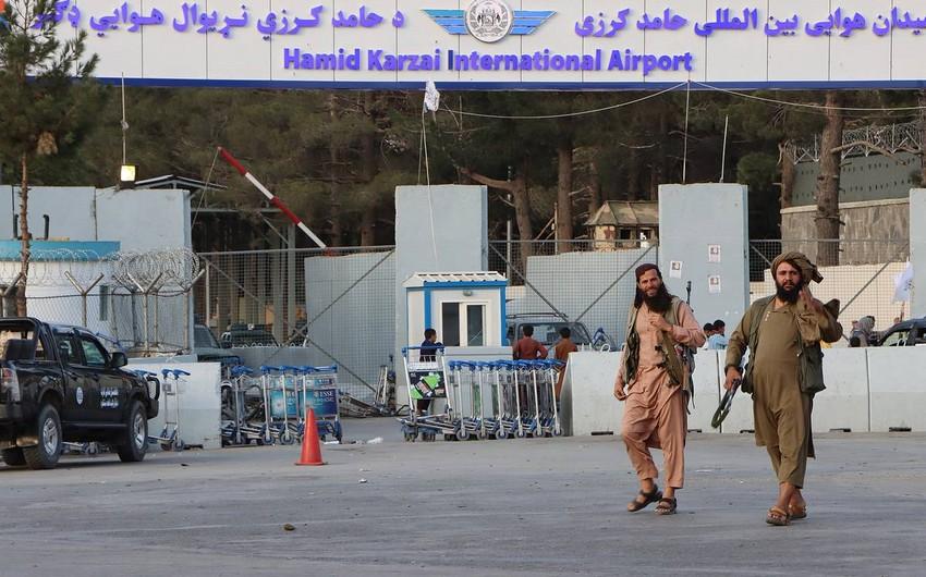 KİV: Taliban Əfqanıstanda müğənnini qətlə yetirib