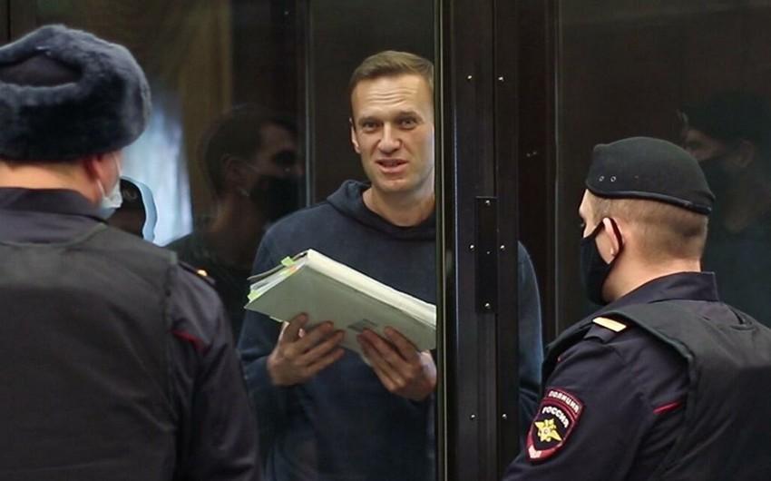 ABŞ Navalnıya görə  -