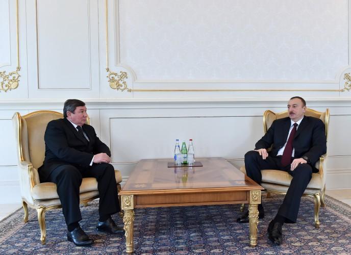 Президент Ильхам Алиев принял верительные грамоты новоназначенного посла Кыргызстана в Азербайджане