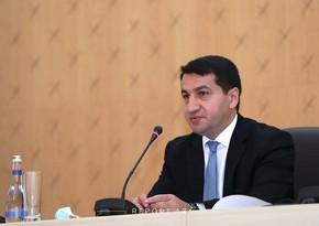 Хикмет Гаджиев: Армяне сжигают гражданские объекты в Кельбаджаре
