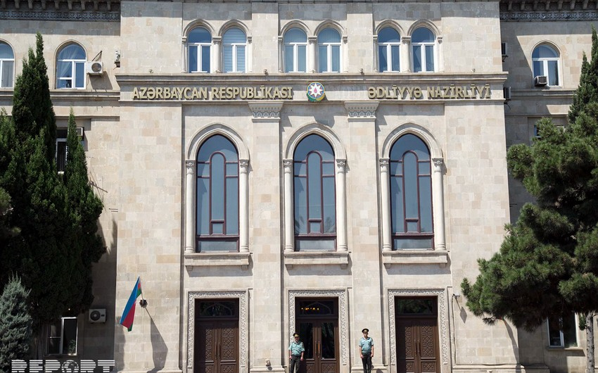 Attempt to pass a mobile phone hidden in juice pack to prison prevented in Baku