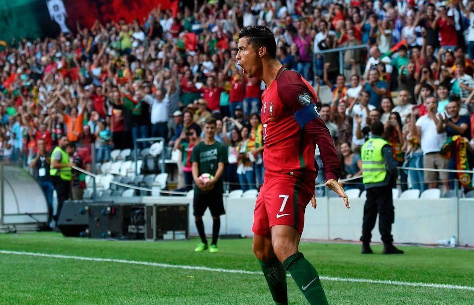 Роналду, забив 14-й гол в отборе к ЧМ-2018, повторил рекорд Миятовича