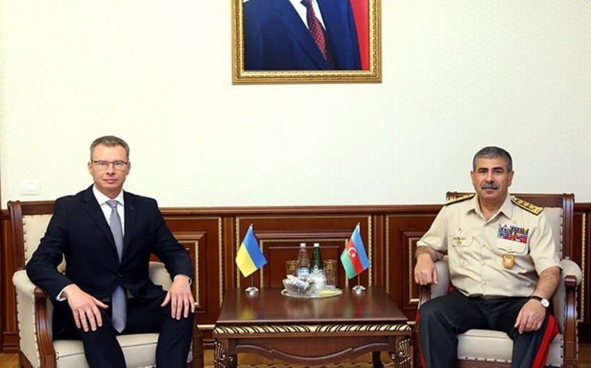 Zakir Hasanov meets with new Ambassador of Ukraine to our country