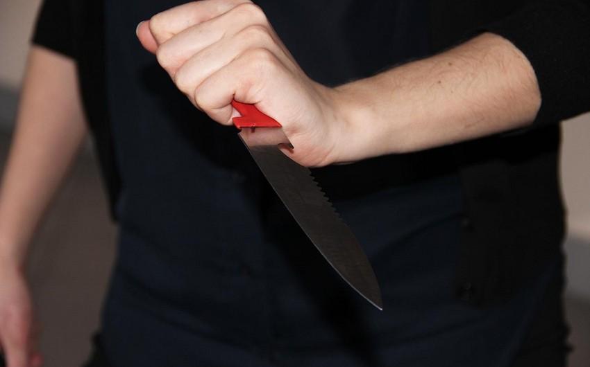 Bakı məktəblərindən birində dava olub, şagirdlərdən biri üzündən bıçaqlanıb