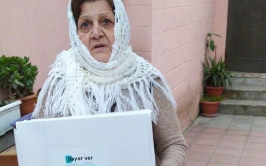 """Dəyər ver - dəstək ol"""" qrupu ehtiyacı olan insanlara yardım edir - VİDEO"""