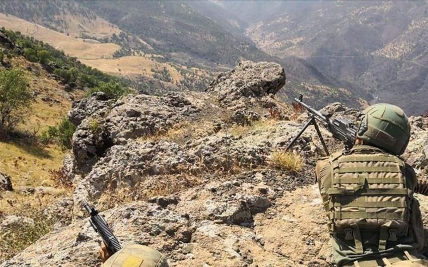 Türkiyə ordusu Pəncə əməliyyatı çərçivəsində 68 terrorçunu məhv edib