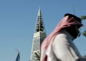 Saudi Arabia mandates COVID-19 vaccine for all workers