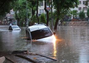Число погибших при наводнений в Турцииувеличилось до 70