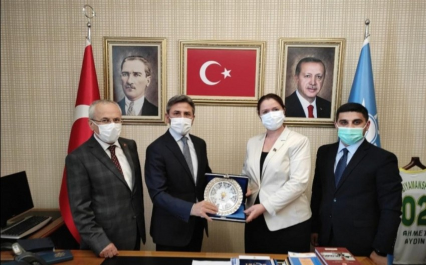 Turkish, Azerbaijani politicians to exchange experience
