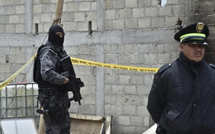 Meksikada başı kəsilmiş 7 nəfərin cəsədi aşkarlanıb