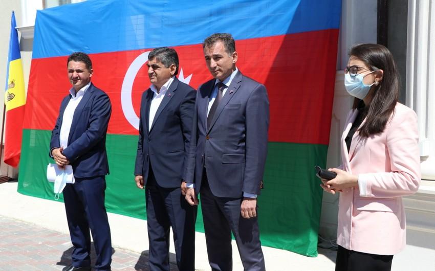 Moldovada Heydər Əliyevin anadan olmasının 98-ci ildönümü qeyd olundu