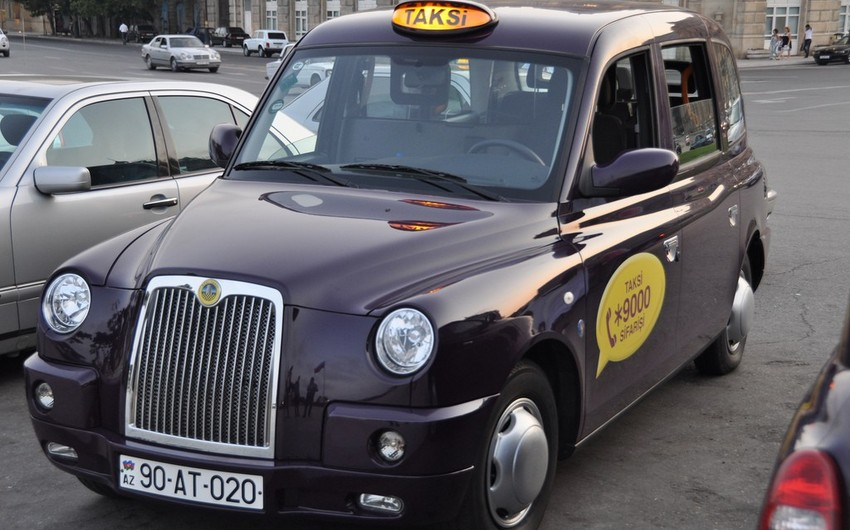 """""""London Taxi""""nin sürücüsünə qarşı soyğunçuluq edən şəxslərin məhkəməsi başlayır"""