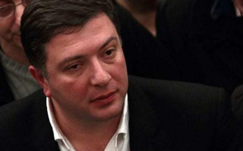 Gürcüstanın müxalifət liderlərindən biri dindirilməyə çağırılıb