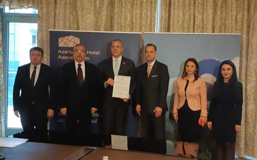 Azərbaycan Turizm Bürosu hotellərə ulduz verilməsi üzrə uyğunluğun qiymətləndirilməsi sertifikatı alıb
