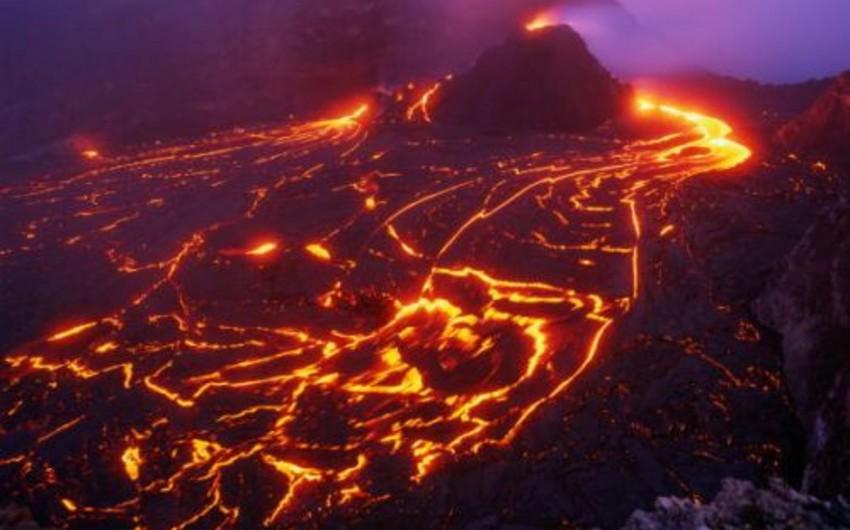 İslandiya vulkanının lavası Manhattan qədər böyük əraziyə yayılıb