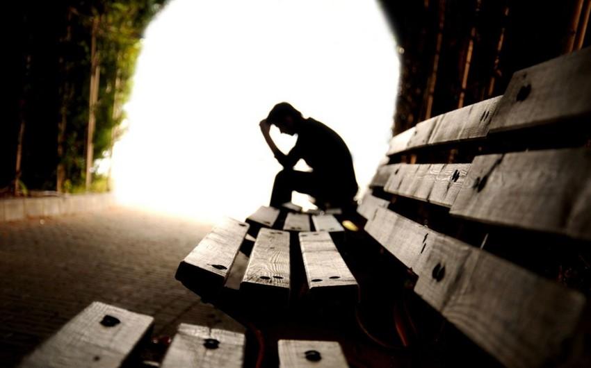 Yaz aylarında intiharların sayı niyə artır?