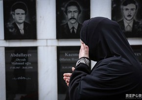 Azerbaijani people pays tribute to memory of January 20 martyrs - PHOTO REPORT