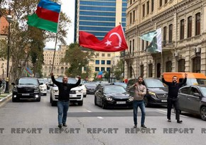 Баку ликует:  Жители празднуют возвращение Шуши