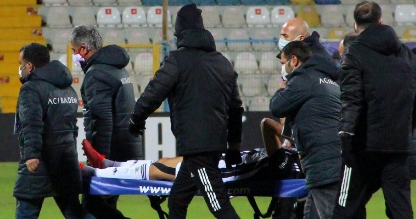 Beşiktaşın hücumçusu Bakıdakı oyunları buraxır