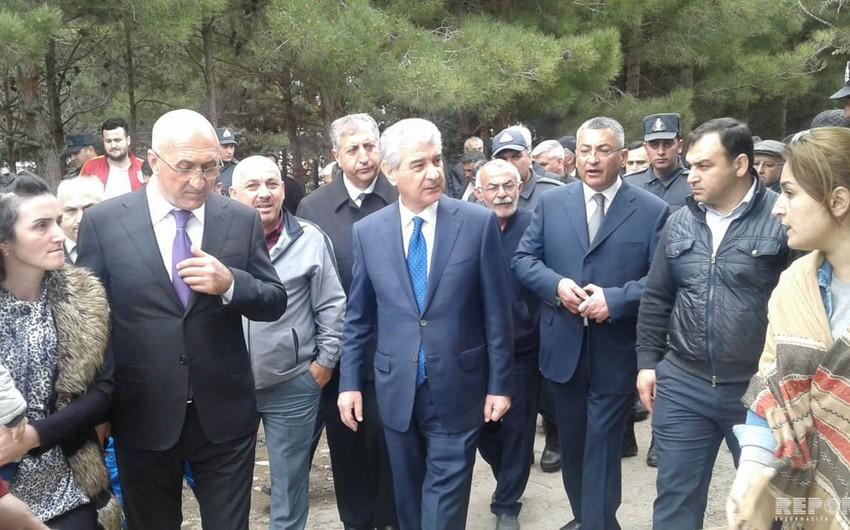 Вице-премьер Азербайджана распорядился об обеспечении временным жильем пострадавших в результате пожара