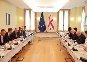 Министры иностранных дел трех стран ЕС встретились с главой МИД Грузии