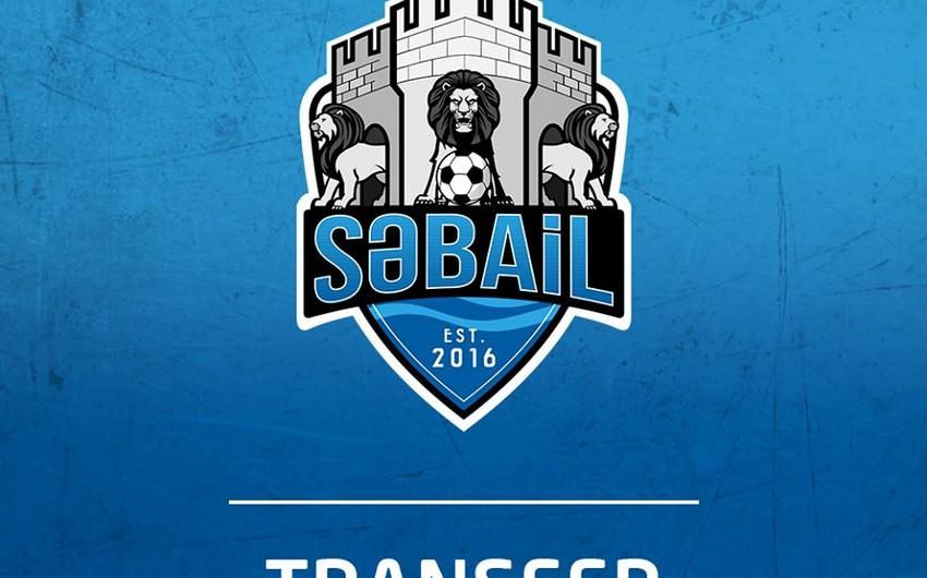 Сабаиль заключил контракт еще с двумя футболистами