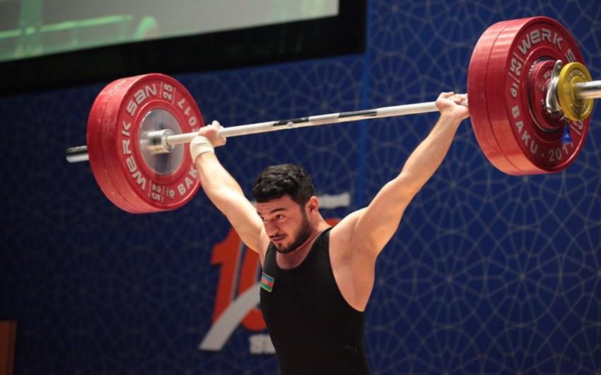 Ağır atletlər çempionatında 69 kq çəki dərəcəsində medalçılar məlum olub