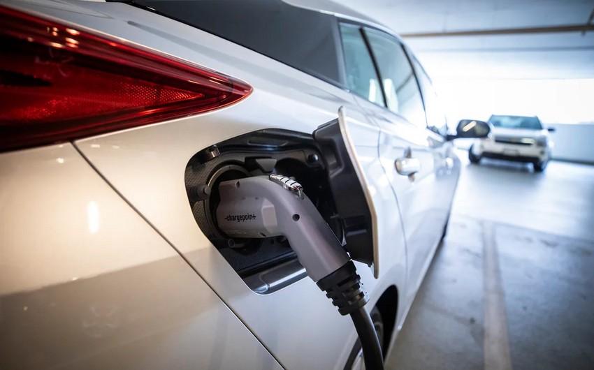 Niderland neft nəhəngi elektromobil və akkumulyator istehsal edəcək
