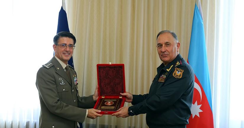 Azərbaycan Ordusunun Baş Qərargah rəisi NATO nümayəndəsi ilə görüşüb