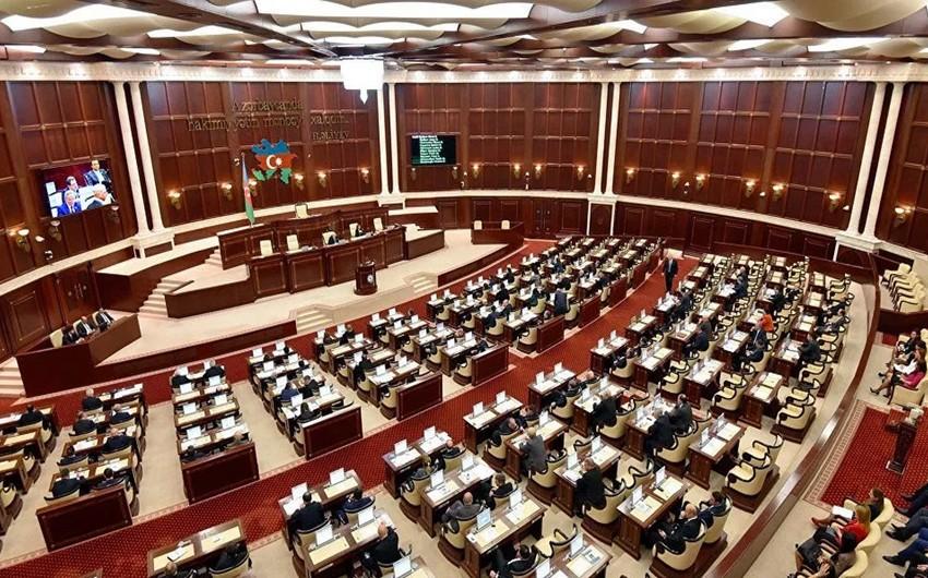Milli Məclisin payız sessiyasının ilk iclası başladı