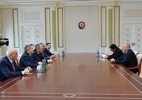 President Ilham Aliyev receives Russian State Duma delegation