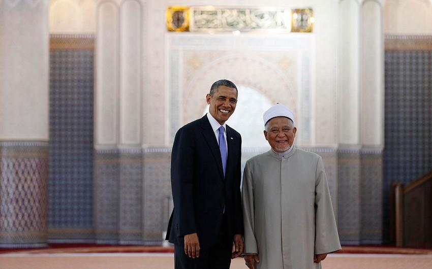 Барак Обама впервые на посту президента посетит мечеть