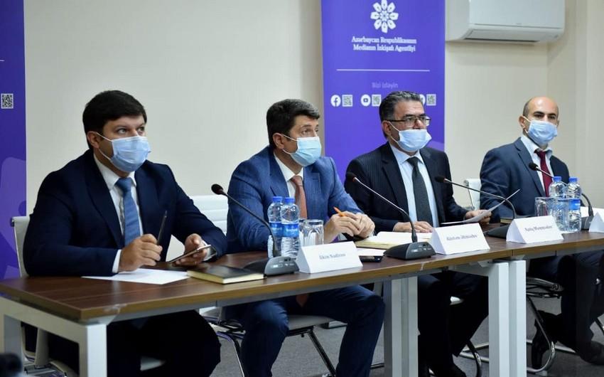 MEDİA-da regionlarda nəşr olunan qəzetlərin baş redaktorları ilə görüş keçirilib