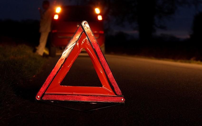 Bakıda 22 yaşlı gənci avtomobil vurdu
