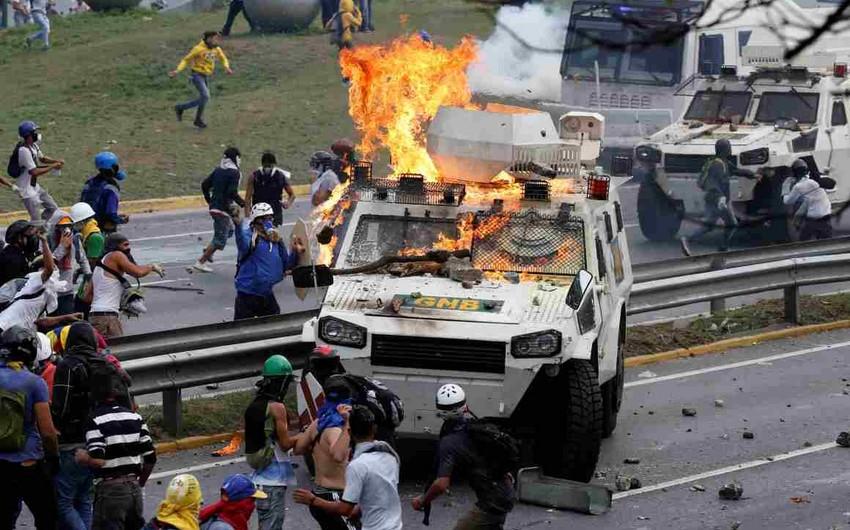 Baş Prokurorluq: Venesuelada etirazlar zamanı 5 nəfər ölüb